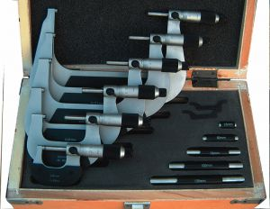 Bügelmessschrauben-Satz, Typ M 101, Messbereich 0 - 150 mm