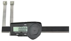 Digital caliper for exchangeable measuring tips